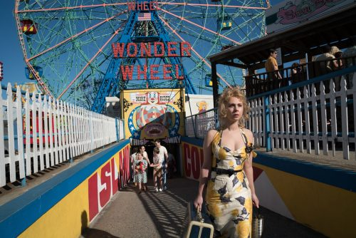 Juno Temple in Woody Allen's WONDER WHEEL. Photo by: Jessica Miglio. © 2017 Gravier Productions, Inc.